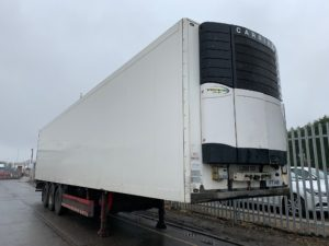 2008 Schmitz Fridge Trailer. Carrier Vector 1850Mt Engine, Schmitz Axles, Disc Brakes, Aluminium Floor, Barn Doors, 2.59m Internal Height, 2 x Load Lock Rails, Raise Lower Valve Facility.