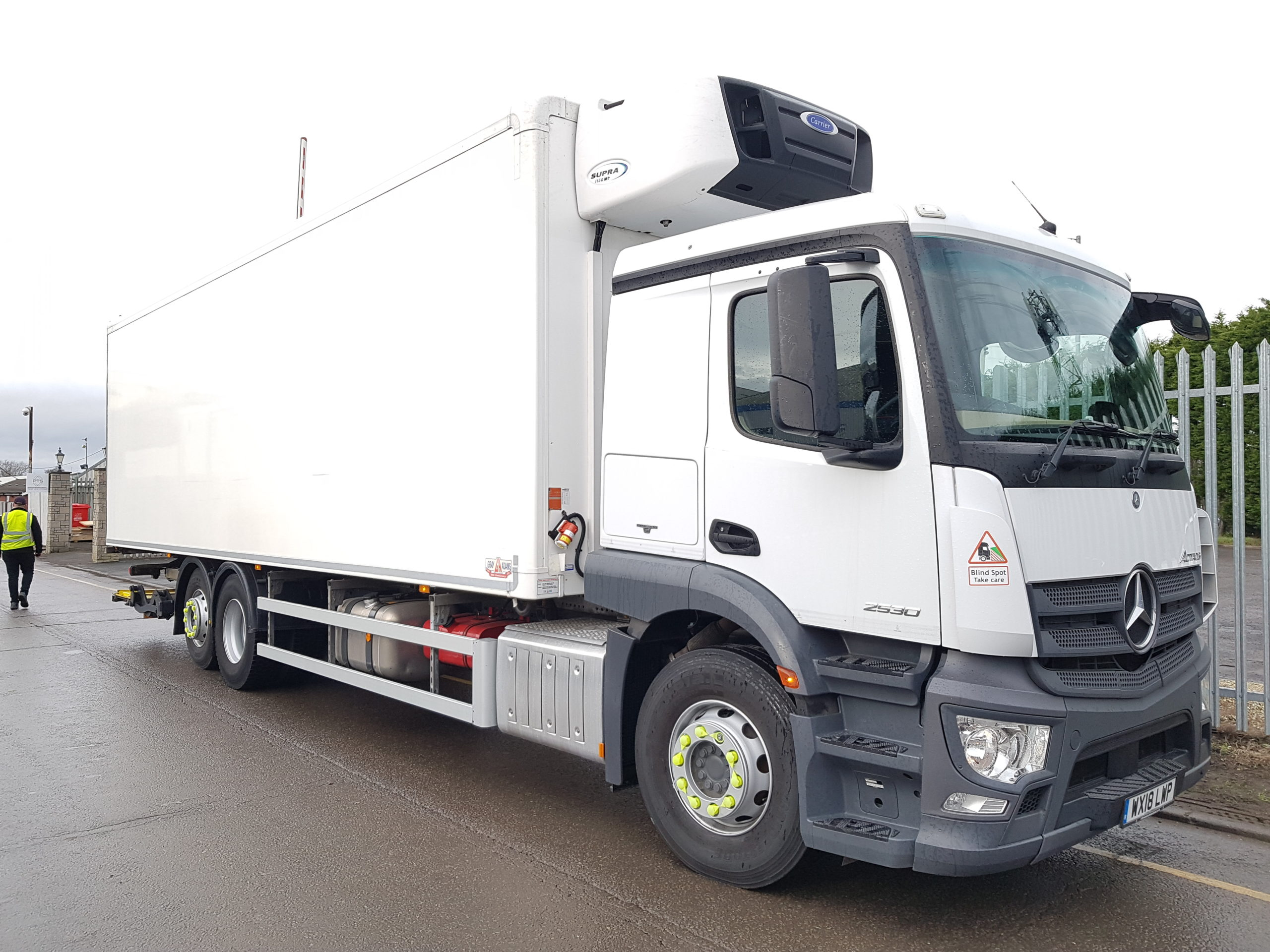 2018 Mercedes Actros Fridge, 26 Tonne, Carrier Supra 1150 Engine, Dhollandia Tuckunder Tailift (2000KG Capacity), Single Sleeper Cab, Euro 6, Automatic Gearbox, 300bhp, ONLY 89,332km, Choice & Warranty Available.