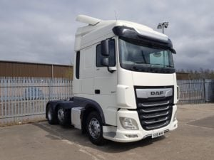 2018 Daf XF. 480bhp, Euro 6, Space Twin Sleeper Cab, Automatic Gearbox, 3.95m Wheelbase, Aluminium Catwalk Infill Panels, Steering Wheel Controls, Mid-Lift Axle, Air Con, Radio/USB, Electrically Heated & Adjustable Mirrors, Choice & Warranty Available.