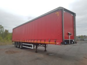 2013 Montracon Curtainsider. 4.2m External Height, 2.6m Internal Height, SAF Axles, Drum Brakes, Wisa Deck Floor, Barn Doors, 4 x Side Posts, Raise Lower Valve Facility.