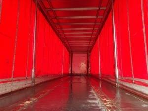 2013 Montracon Curtainsider. 4.2m External Height, 2.6m Internal Height, SAF Axles, Drum Brakes, Wisa Deck Floor, Barn Doors, 4 x Side Posts, Raise Lower Valve Facility.