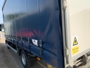 2018 (68) DAF LF Curtainsider. 7.5 Tonne, 180bhp, DEL Tuckaway Tailift (1000KG Capacity), 20ft Body, Day Cab, Euro 6, Automatic Gearbox, Low Mileage, 2 x Tailift Barriers, Warranty Available.