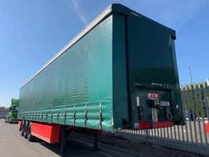 2010 SDC Curtainsider. 4.05m External Height, 2.51m Internal Height, SAF Axles, Drum Brakes, Keruing Floor, Flush Doors, 8 x Side Posts, Raise Lower Valve Facility.