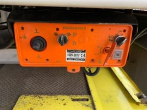 2016 (66) DAF CF 330 26 Tonne Fridge Tailift. Dhollandia Tuckunder Tailift (2000kg Capacity), Carrier Supra 1150Mt Engine, Euro 6, 12 Speed AS Tronic Automatic Gearbox, Single Sleeper Cab, Roller Shutter Rear Door, Aluminium Floor, 2 x Load Lock Rails, Xtra Comfort Mattress, Radio/USB, Exhaust Brake, 390 Litre Fuel Tank/50 Litre ADBlue Tank, Choice & Warranty Available.