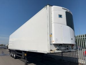 2015 Schmitz Single Temp Fridge. Thermoking SLXe 300 Engine, 2.59m Internal Height, SAF Axles, Drum Brakes, Aluminium Floor, Barn Doors, Load Lock Rails, Raise Lower Valve Facility, Choice Available.