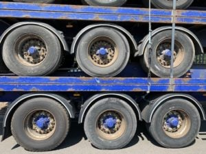 Stack of 5 Flatbed Trailers for Export, Years 2006 to 2007, BPW Axles, Drum Brakes, 13.6m Overall Length, All Steel Construction, Welded & Banded to shipping standards, Delivery to UK Port included.