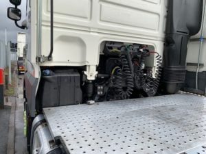 2017 (67) DAF XF, 460bhp, Euro 6, 12 Speed AS Tronic Automatic Gearbox, 3.95m Wheelbase, Aluminium Catwalk Infill Panels, Steering Wheel Controls, Mid-Lift Axle, Air Con, Xtra Comfort Mattress, Radio/USB, Electrically Heated & Adjustable Mirrors, 490 Litre Fuel Tank/90 Litre ADBlue Tank, MX Engine Brake, Choice & Warranty Available.