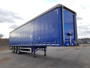 2015 Montracon Curtainsider. 4.2m External Height, 2.67m Internal Height, BPW Axles, Drum Brakes, Wisa Deck Floor, Barn Doors, 4 x Side Posts, Raise Lower Valve Facility.