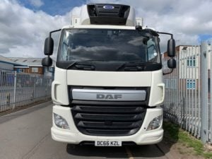2016 (66) DAF CF 330 26 Tonne Fridge Tailift. Dhollandia Tuckunder Tailift (2000kg Capacity), Carrier Supra 1150Mt Engine, Euro 6, 12 Speed AS Tronic Automatic Gearbox, Single Sleeper Cab, Roller Shutter Rear Door, Aluminium Floor, 2 x Load Lock Rails, Xtra Comfort Mattress, Radio/USB, Exhaust Brake, 390 Litre Fuel Tank/50 Litre ADBlue Tank, Choice & Warranty Available.