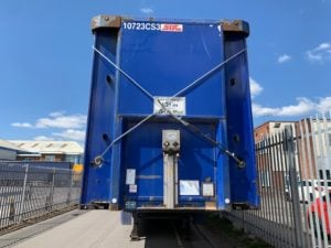 Stack of 5 Flatbed Trailers for Export, Years 2006 to 2008, BPW Axles, Drum Brakes, 13.6m Overall Length, All Steel Construction, Welded & Banded to shipping standards, Delivery to UK Port included.