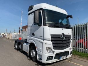 2015 Mercedes Actros 2545, Euro 6, 450bhp, Single Sleeper Cab, Automatic Gearbox, Steering Wheel Controls, Mid-Lift Axle, Air Con, Choice & Warranty Available.