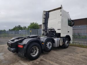 2011 (61) Volvo FH460, Euro 5, 460bhp, GTXL Twin Sleeper Cab, I Shift Automatic Gearbox, 3.9m Wheelbase, Mid-Lift Axle, Fridge, Air Con, TV & Microwave Prep.