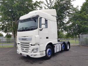 2016 (66) DAF XF Space Cab, 460bhp, Euro 6, Space Twin Sleeper Cab, 12 Speed AS Tronic Automatic Gearbox, Twin Steer Mid-Lift Axle, 490 Litre Fuel Tank, Aluminium Catwalk Infill Panels, Radio/USB, Steering Wheel Controls, Air Con, Electrically Heated & Adjustable Mirrors, Excellent Condition with Customised Paintwork, Choice & Warranty Available.