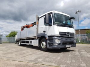 2017 Mercedes Actros 18 Tonne Brick Grab, Euro 6, 240bhp, Automatic Gearbox, 162,832km, Atlas Crane 135.2E, Tool Box, 6.45m Wheelbase, Warranty Available.