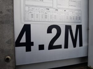 2015 Schmitz Curtainsider, 4.2m External Height, 2.7m Internal Height, SAF Axles, Drum Brakes, Wisa Deck Floor, Barn Doors, Raise Lower Valve Facility.