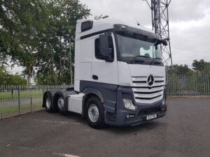 2017 Mercedes Actros, Euro 6, 510bhp, Streamspace Double Sleeper Cab, Automatic Gearbox, Air Con, Steering Wheel Controls, Mid-Lift Axle, Dual Hydraulics, 400,000km, Choice & Warranty Available.