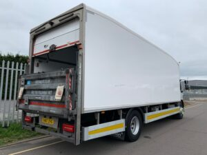 2017 (67) DAF LF 290 Fridge Rigid. 18 Tonne, Dhollandia Column Tailift (1500kg Capacity), Thermoking Fridge Engine, Euro 6, Automatic Gearbox, Day Cab, Roller Shutter Rear Doors, Near Side Door in Body, Resin Floor, 2 x Loadlock Rails, Reverse Camera, Low Mileage, Choice & Warranty Available.