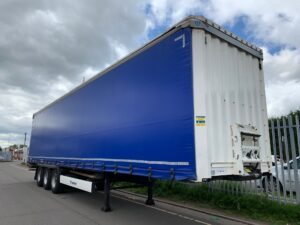 2015 Krone Euroliner, 4m External Height, 2.6m Internal Height, BPW Axles, Drum Brakes, Wisa Deck Floor, Flush Doors, 6 x Side Posts with Boards, Raising Roof, Raise Lower Valve Facility, Choice Available.