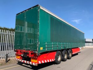 2010 SDC Curtainsider, 4.05m External Height, 2.51m Internal Height, SAF Axles, Drum Brakes, Keruing Floor, Flush Doors, Side Posts, Raise Lower Valve Facility.