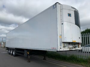 2013 Schmitz Single Temp Fridge Trailer, Thermoking SLX-e Engine, 2.59m Internal Height, SAF Axles, Drum Brakes, Aluminium Floor, Barn Doors, 2 x Load Lock Rails, Raise Lower Valve Facility, Choice Available.