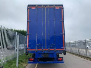 2015 SDC Curtainsider, 4.55m External Height, 3.02m Internal Height, BPW Axles, Drum Brakes, Keruing Floor, Barn Doors, 4 x Side Posts, Raise Lower Valve Facility.