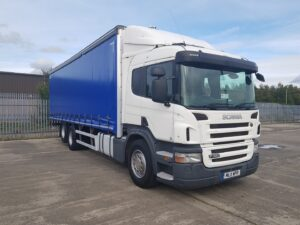 2011 Scania Curtainsider, 26 Tonne, 320bhp, Euro 5, Manual Gearbox, Single Sleeper Cab, 28 Foot Body, Toolbox, Flush Doors, Steering Wheel Controls, Fitted with New Curtains, Low Mileage, Warranty Options Available.