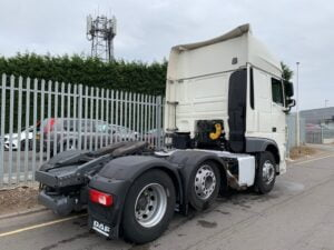 2018 DAF XF, 530bhp, Euro 6, Superspace Twin Sleeper Cab, 3.95m Wheelbase, Aluminium Catwalk Infill Panels, Steering Wheel Controls, Mid-Lift Axle, Air Con, Xtra Comfort Mattress, Electrically Heated & Adjustable Mirrors, Low Mileage, Choice & Warranty Available.