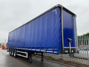 2017 Montracon Curtainsider, 4.5m External Height, 2.85m Internal Height, BPW Axles, Drum Brakes, Wisa Deck Floor, Barn Doors, Pillarless, Internal Straps, Toolbox Fitted, Raise Lower Valve Facility.