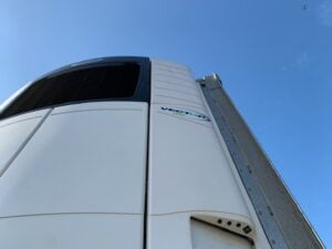 2017 Gray & Adams Insuliner, 4.65m External Height, 2.9m Internal Height, BPW Axles, Drum Brakes, Aluminium Floor, No Rear Access, Carrier Vector 1950 Fridge Engine, 5822 Engine Hours, 8501 Total Hours, Internal Fixed Deck, Raise Lower Valve Facility.