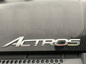 2015 (65) Mercedes Actros 1824 Curtainsider, 18 Tonne, 240bhp, Euro 6, Automatic Gearbox, 6.7m Wheelbase, Single Sleeper Cab, Anteo Tuckaway Tailift (1500kg Capacity), 27ft Body, Barn Doors, Steering Wheel Controls, Choice & Warranty Available.