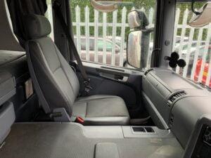 2015 (65) Scania P320 Curtainsider, 26 Tonne, Euro 6, 320bhp, Manual Gearbox, Dhollandia Tuckunder Tailift (1500kg Capacity), 5.6m Wheelbase, Single Sleeper Cab, Barn Doors, Steering Wheel Controls, Low Mileage, Warranty also Available.