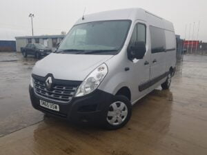 2015 (65) Renault Master Panel Van, Manual Gearbox, Low Mileage, Towbar Fitted, Camera System Fitted, Steering Wheel Controls, 11/21 MOT, Choice Available.