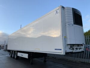 2017 Krone Single Temp Fridge Trailer, Carrier Vector 1550 Fridge Engine, 4.08m External Height, 2.6m Internal Height, BPW Axles, Drum Brakes, Aluminium Floor, Barn Doors, Load Lock Rails, Raise Lower Valve Facility.