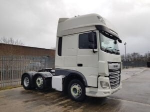 2018 (68) DAF XF, Euro 6, 530bhp, Superspace Double Sleeper Cab, Automatic Gearbox, 4m Wheelbase, Steering Wheel Controls, Fridge, Air Con, Cruise Control, Mid-Lift Axle, Xtra Comfort Mattress, Catwalk Infill Panels, 659,000kms, Choice & Warranty Available.