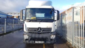 2014 (64) Mercedes Actros Euro 6, 400bhp, Single Sleeper Cab, 4m Wheelbase, Automatic Gearbox, Mid-Lift Axle, Cruise Control, Aluminium Catwalk Infill Panel, Steering Wheel Control, Warranty Available.