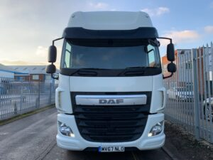 2017 (67) DAF CF, Euro 6, 510bhp, Space Single Sleeper Cab, Automatic Gearbox, 3.95m Wheelbase, Steering Wheel Controls, Air Con, Mid-Lift Axle, Sat Nav, Xtra Comfort Mattress, Aluminium Catwalk Infill Panels, Warranty & Choice Available.