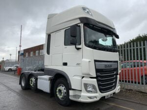 2017 (67) DAF XF, Euro 6, 510bhp, Superspace Twin Sleeper Cab, AS Tronic Automatic Gearbox, 3.95m Wheelbase, Aluminium Catwalk Infill Panels, Steering Wheel Controls, Mid-Lift Axle, Air Con, Radio/USB, Electrically Heated & Adjustable Mirrors, Xtra Comfort Mattress, Low Mileage, Choice & Warranty Available.