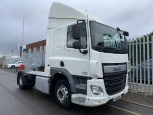 2015 (65) DAF CF, Euro 6, 400bhp, Space Single Sleeper Cab, Automatic Gearbox, 3.85m Wheelbase, Aluminium Catwalk Infill Panels, Steering Wheel Controls, Air Con, Cruise Control, Xtra Comfort Mattress, Rear Window in Cab, Choice & Warranty Available.