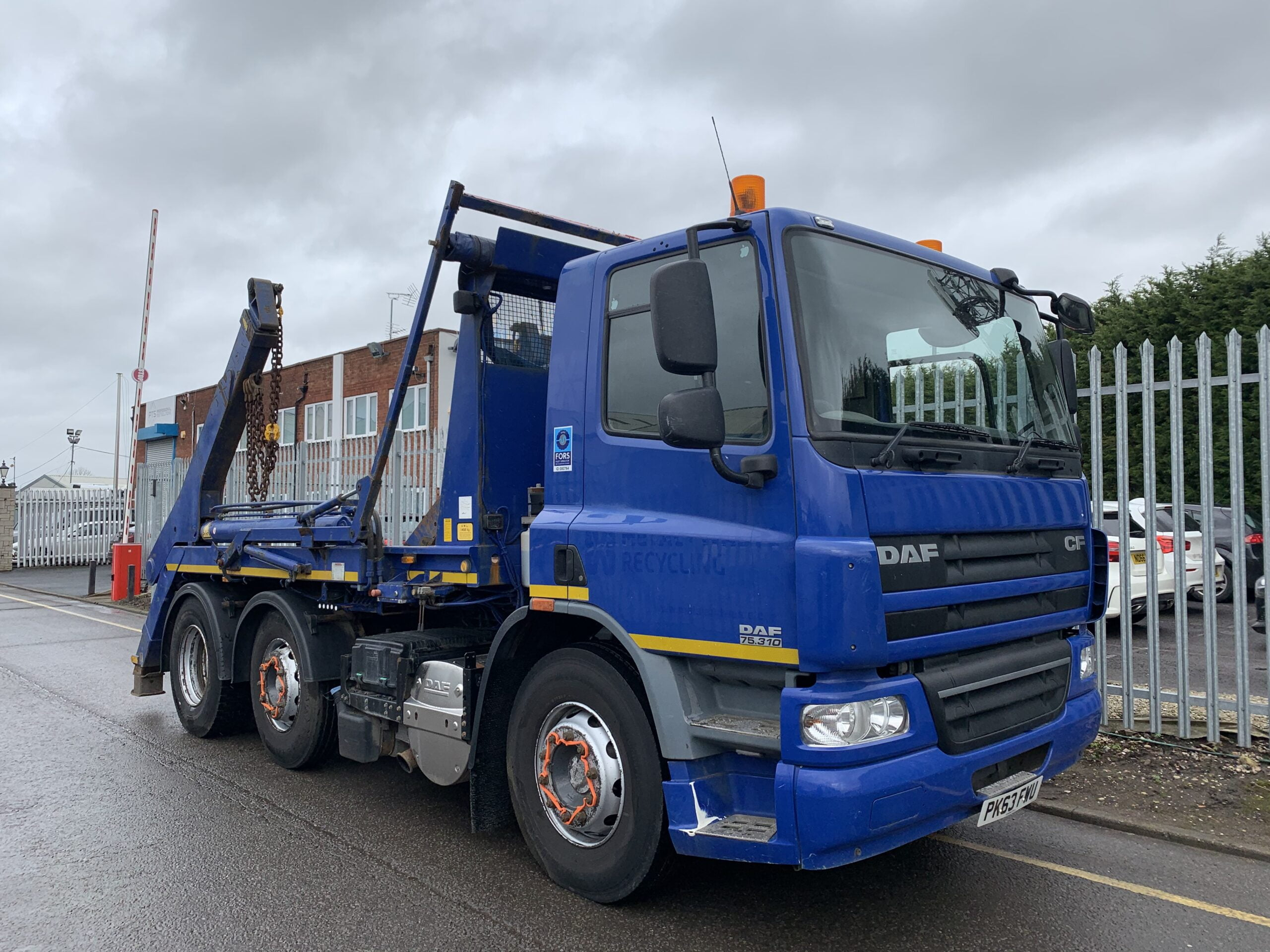 2013 (63) DAF CF 75.310 Skiploader, AJK Hydrolift Gear, 26 Tonne, Euro 5, 310bhp, Day Cab, Automatic Gearbox, Camera System, Onboard Weigher, Storage Box Fitted, Steering Wheel Controls, Choice & Warranty Available.