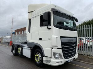 2016 (66) DAF XF, Euro 6, 460bhp, Space Twin Sleeper Cab, Automatic Gearbox, 3.95m Wheelbase, Steering Wheel Controls, Air Con, Cruise Control, Mid-Lift Axle, Aluminium Catwalk Infill Panels, Warranty & Choice Available.