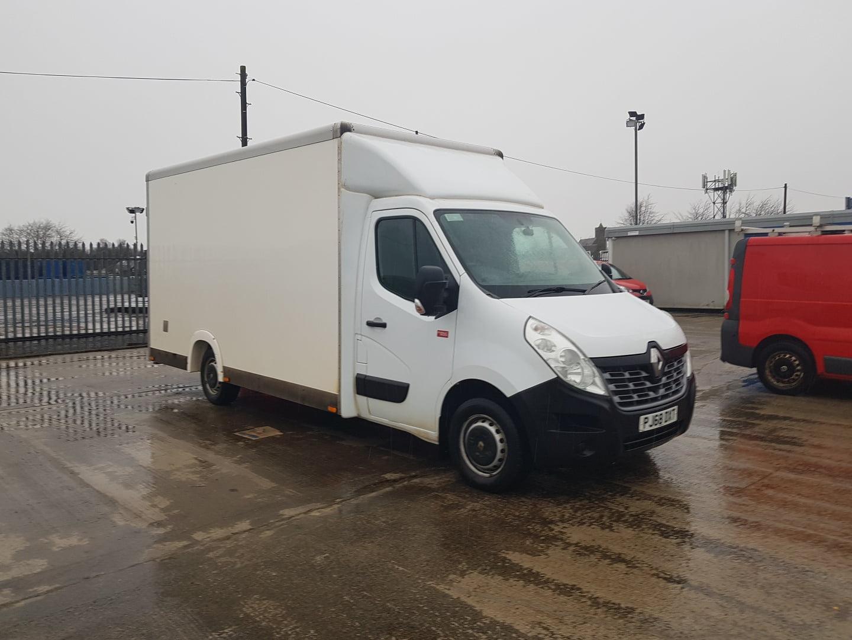 2018 (68) Renault Master Van, Manual Gearbox, Day Cab, 80,331 Miles, Radio, Long Wheel Base, 12/21 MOT, 2 x Load Lock Rails, Warranty Available.