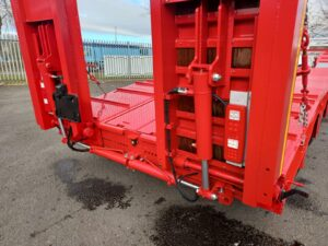 Brand New 2021 Dennison Lowloader Trailer, BPW Axles, Drum Brakes, Winch, Outriggers, Lashing Rings, Single Flip Ramps, Lift Axle, Raise Lower Valve Facility, 17.5 Inch Wheels, Full Manufacturers Warranty Applies.