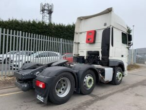 2018 (68) DAF XF, Euro 6, 530bhp, Superspace Twin Sleeper Cab, Automatic Gearbox, 3.95m Wheelbase, Steering Wheel Controls, Air Con, Cruise Control, Xtra Comfort Mattress, Mid-Lift Axle, Aluminium Catwalk Infill Panels, Low Mileage, Warranty & Choice Available.