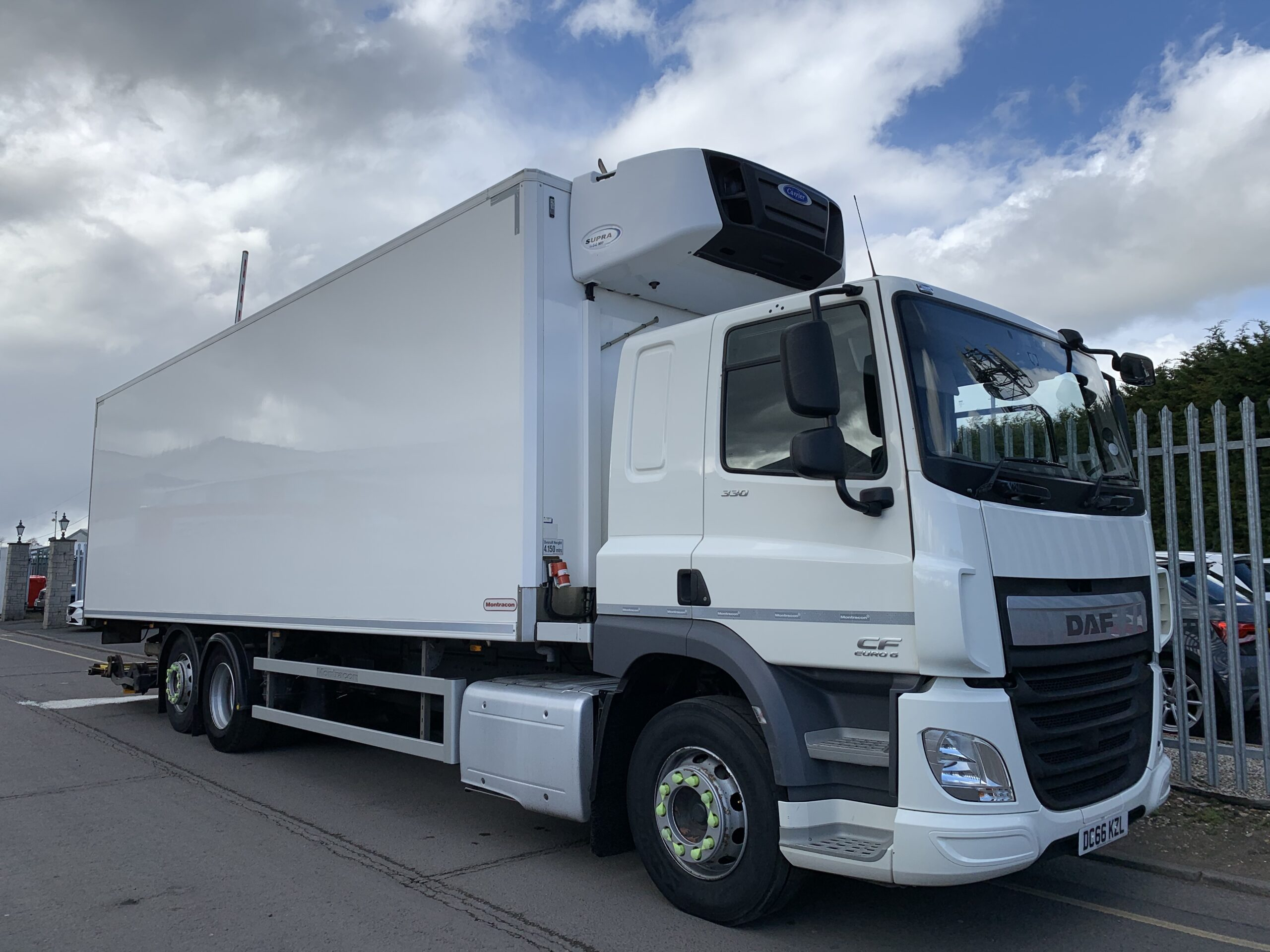2016 (66) DAF CF Fridge, 26 Tonne, Euro 6, 330bhp, Automatic Gearbox, Dhollandia Tuckunder Tailift (1500kg Capacity), Montracon Body, Carrier Supra 1150Mt Fridge Engine, Converted to Single Compartment, Single Sleeper Cab, Xtra Comfort Mattress, Steering Wheel Controls, Low Mileage, Choice & Warranty Available.
