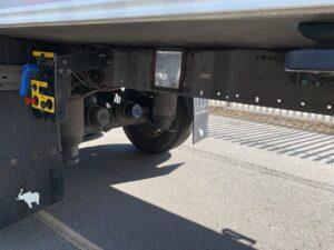2018 Schmitz Dual Temp Fridge Trailer, Carrier Vector 1950Mt Fridge Engine, 4.08m External Height, 2.6m Internal Height, SAF Axles, Drum Brakes, Aluminium Floor, Barn Doors, 2 x Load Lock Rails, Raise Lower Valve Facility.