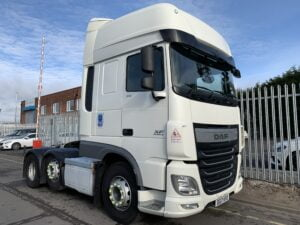 2017 DAF XF, Euro 6, 510bhp, Double Sleeper Superspace Cab, 12 Speed AS Tronic Automatic Gearbox, Exhaust Brake, Steering Wheel Controls, Air Con,Electrically Heated & Adjustable Mirrors, Aluminium Catwalk Infill, 490 Litre Fuel Tank, 90 Litre ADBlue Tank, 3.95m Wheelbase, Warranty & Choice Available.