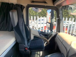 Euro 5, 450bhp, Streamspace Single Sleeper Cab, Automatic Gearbox, Air Con, Steering Wheel Controls, Fridge, Mid-Lift Axle, 740,245km.