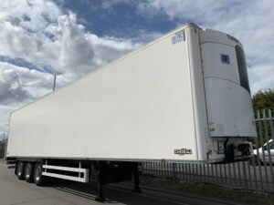 2017 Chereau Dual Temp Fridge Trailer, Thermoking SLXi Spectrum Fridge Engine, 2.59m Internal Height, BPW Axles, Drum Brakes, Resin Floor, Barn Doors, 2 x Load Lock Rails, Raise Lower Valve Facility, Choice available.