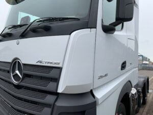 2016 Mercedes Actros 2545, Euro 6, 450bhp, Bigspace Single Sleeper Cab, Automatic Gearbox, Air Con, Steering Wheel Controls, Radio/USB/Bluetooth, 450 Litre Fuel tank, Low Mileage, Warranty & Choice Available.