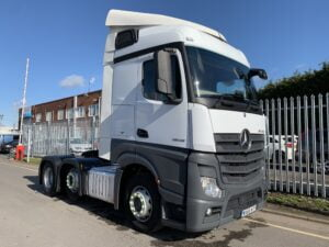 2016 (66) Mercedes Actros, Euro 6, 450bhp, Streamspace Single Sleeper Cab, Mid-Lift Axle, Automatic Gearbox, 4m Wheelbase, Air Con, Cruise Control, Steering Wheel Controls, Low Mileage, Choice & Warranty Available.
